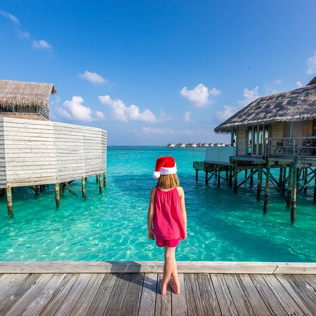 Olhuveli Island: Merry Christmas from the Maldives!