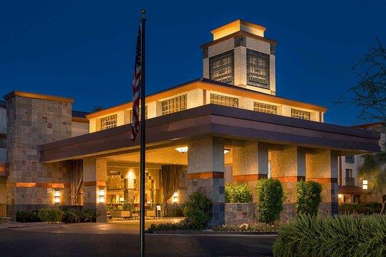 e883a249164c30 Outstanding job in renovation last year - Hilton Scottsdale Resort   Villas