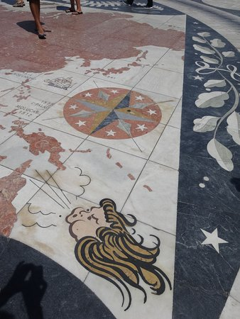 Padrao dos Descobrimentos: 発見のモニュメント前広場の世界地図