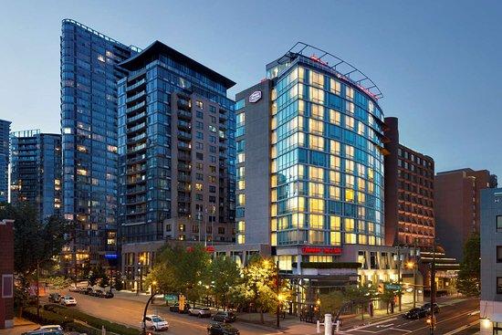 Hampton Inn & Suites Downtown Vancouver Hotel