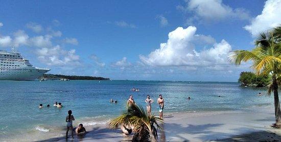 Maimon, Repubblica Dominicana: Public Beach near Amber Cove