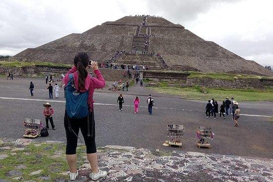 Día completo en Teotihuacán desde...