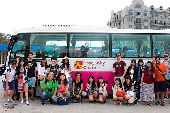 Full-Day Halong Bay Islands and Cave Tour from Hanoi