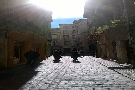 2 Hours Pézenas the Charming Art and...