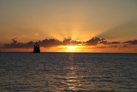 Private Sunset Cruise in St. Maarten