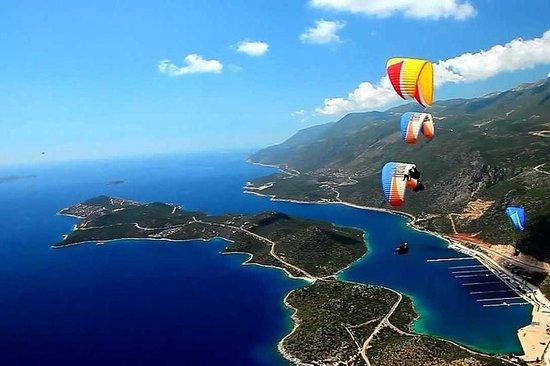 Tandem Paragliding in Kas