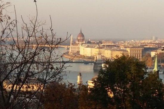 Privat Budapest bytur med bil