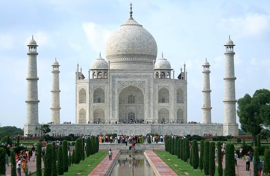 Charismatic Tour from Agra to Jaipur