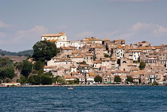 All-Day Trip from Rome: Bracciano Lake...