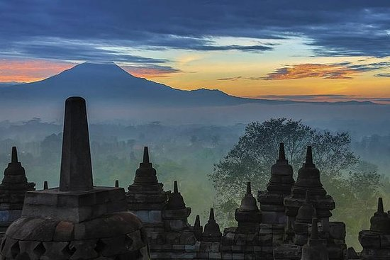 Tour Privado Borobudur Sunrise saindo...