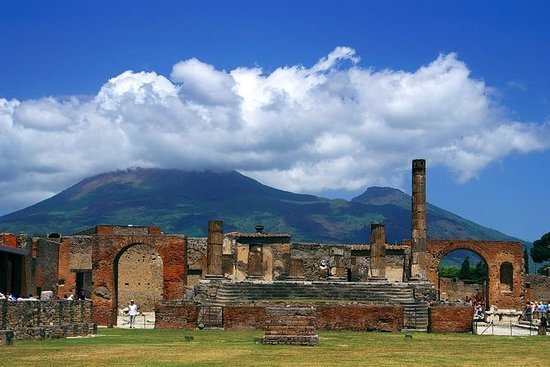 Full-Day Round Trip of Pompei from Rome