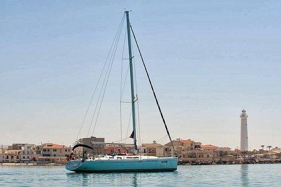Marina di Ragusa: vela privada y...
