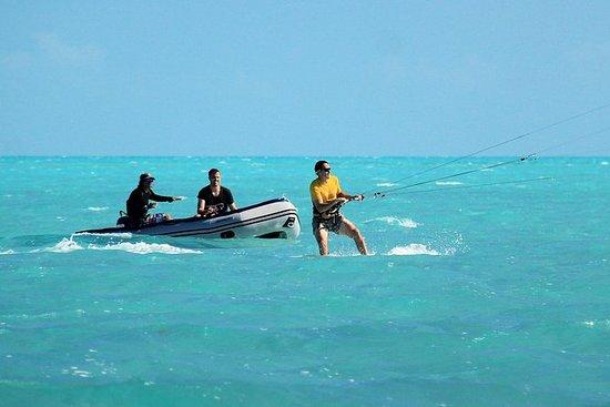 Lección de kiteboard en grupos...