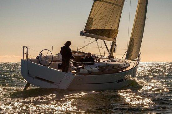 Croisière privée en voilier au...