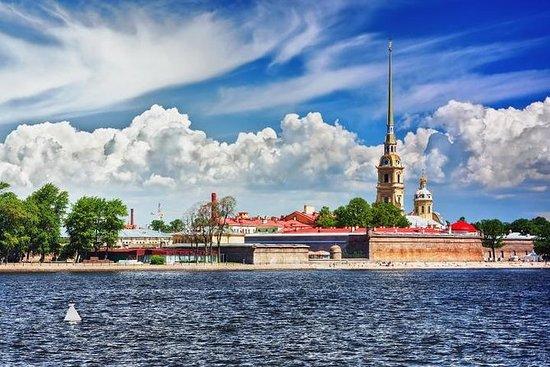 圣彼得堡私人4小时大型游览,提供免费Faberge博物馆门票