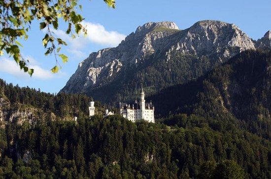 Private Day Tour to Neuschwanstein...