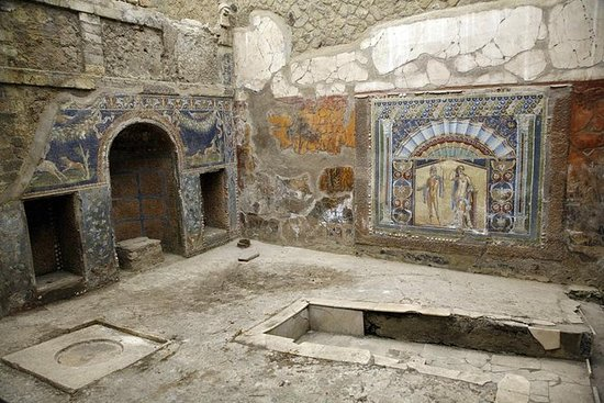 Full-Day Ancient Herculaneum and...