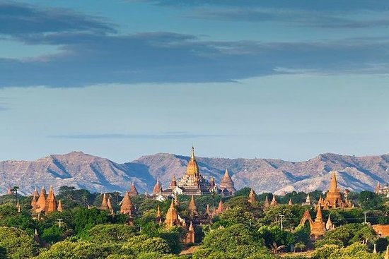 Private Half Day Bagan Temple Tour