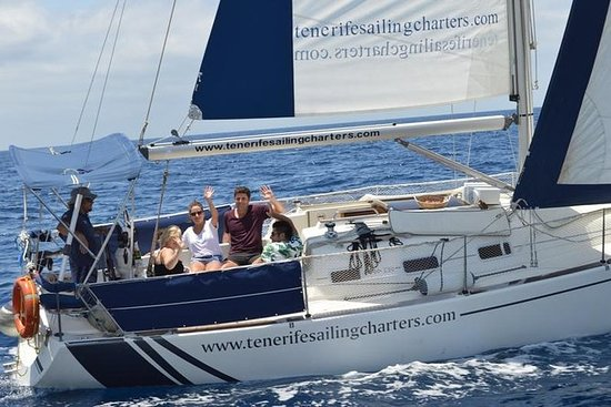 Privat Dolphin Watching Seiling Tour...