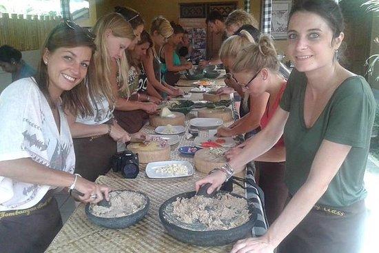 Balinese kookles met lunch of diner ...