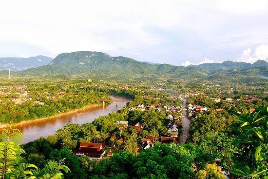 ルアンパバーンからの完全な日ナムカン川カヤックとタードセ滝のツアー