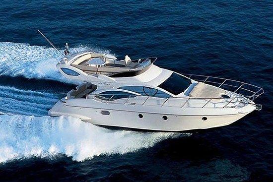 私人汽艇游艇在圣托里尼岛烧烤和饮料