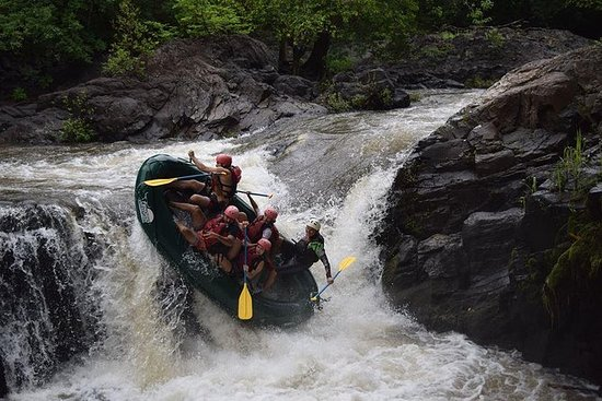 Adventure Rafting Klasse III en IV in ...