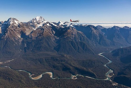 Milford Sound: Flug-, Boots- und...