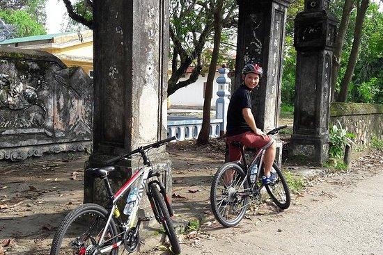 Privat halvdagsbike tur fra Hue
