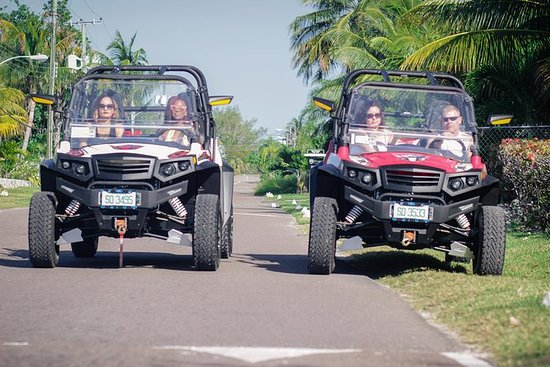 Island Jeep Tour from Nassau