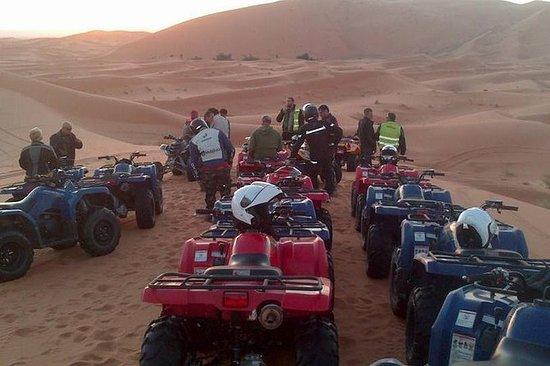 Quad Bike nas Dunas do Deserto...