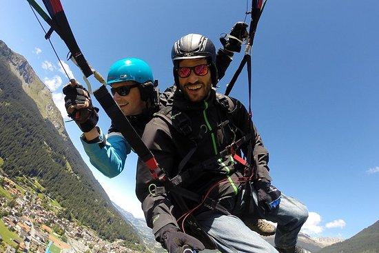 Tandem Paragliding Flug in Klosters
