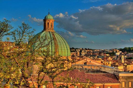Visite privée à pied d'Ancona avec un...
