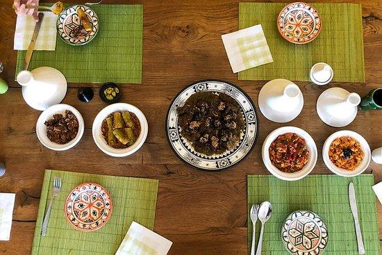 学习在家中烹制马拉喀什土耳其人的摩洛哥家庭食谱