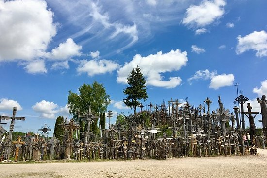 Hill of Crosses e Siauliai tour da