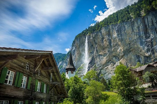 Lauterbrunnen Waterfalls & Mountain...