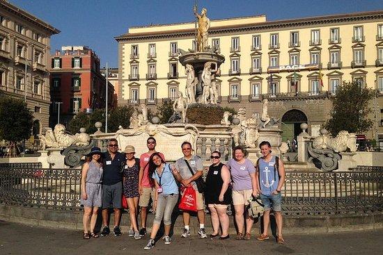 Visite à pied de la ville de Naples...