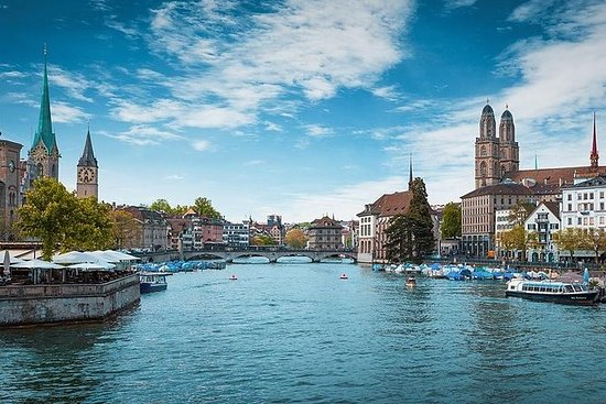 WOW Zurich Tour: 6 hours on shore, on...