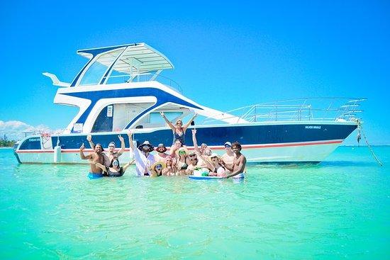 Party Boat & Snorkelling Meio Dia De...