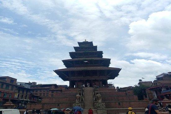 Bhaktapur Nagarkot tour all'alba