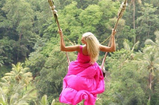 Swing in Bali: Ubud Instagram Spot...