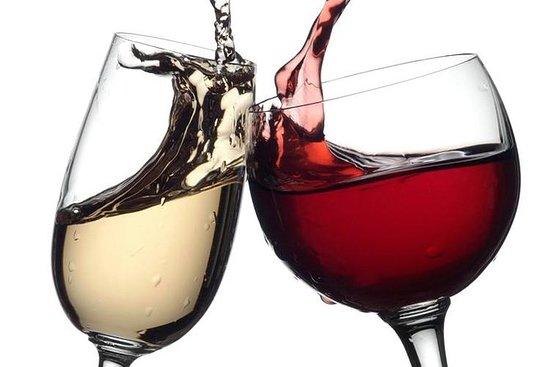 Transfert de Sorrente à Naples avec dégustation de vin : Transfer from Sorrento to Naples with Wine tasting