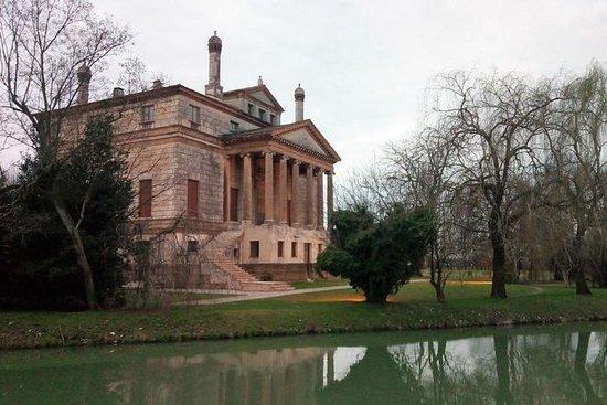 Villas palladianas, Foscari La...