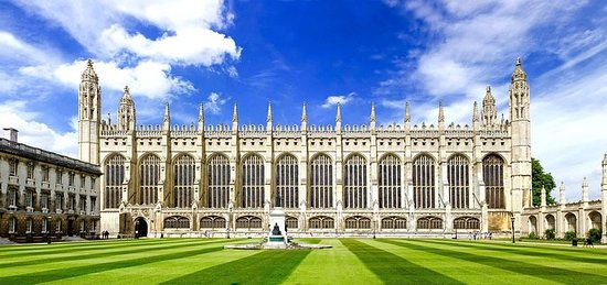 HISTORIC CAMBRIDGE: A GUIDED WALKING...