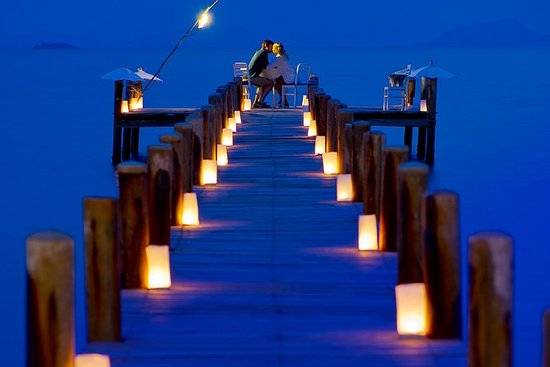Floating Jetty Dinner - von Knai Bang ...