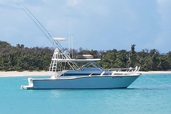 lo snorkeling e la pesca sportiva con