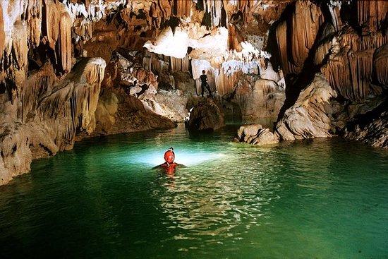 Gruppentour: Phong Nha Cave und Dark...