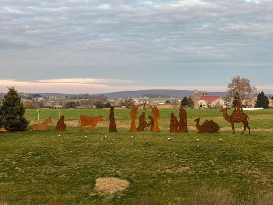 We were in Pennsylvania in the run up to Christmas last year and came across this striking tableau in Lancaster County. This seems the ideal time to post the image, with a huge thanks to the those who thought out and created the scene.
