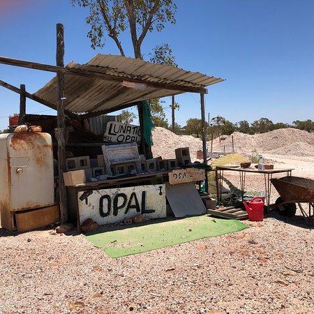 3 mile Heritage opal mines