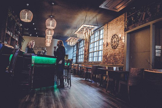 Sheldon's bar - a warm and friendly environment